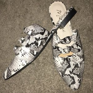 Matisse On Course Snakeskin Embossed Mules